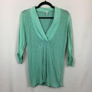 Splendid Mint Green V-Neck with Tabbed Sleeves